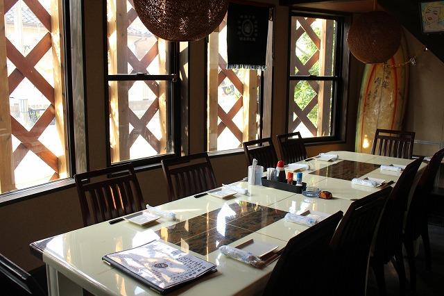 向島店 テーブル席(半個室)